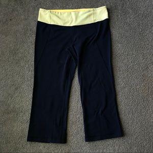 Lululemon cropped leggings Sz 10 blur & yellow